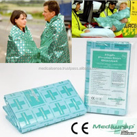 Comfortable and waterproof thermal blanket for emergency kit, available for AED, CE certification