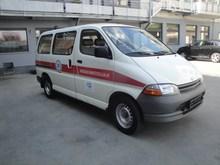 Toyota Hiace ... Mini-Bus ....12 seats..