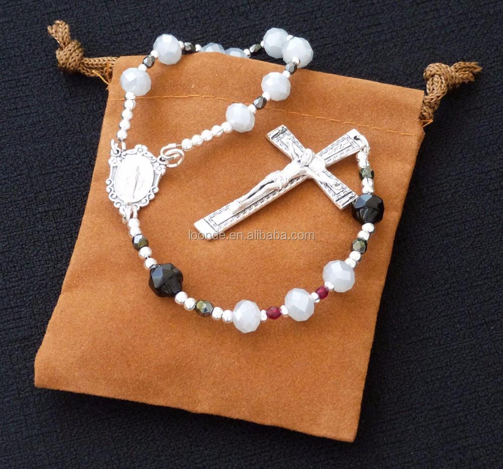 rosary chaplet velvet pouch (3).jpg