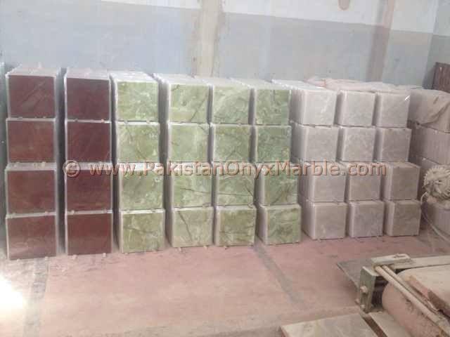 afghan-green-onyx-floor-tiles-03.jpg