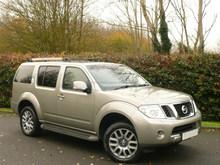 Used RHD Nissan Pathfinder 2.5dCi 2010