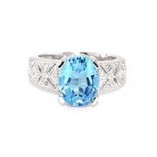 9ct White Gold Diamond & Blue Topaz Renaissance Ring