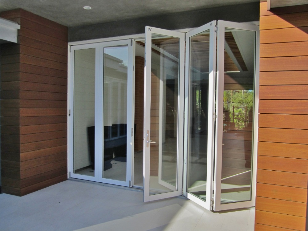 Double glazed aluminium veranda bifold doors buy veranda for Double glazing firms