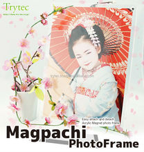 """Are you seekhing comic book display stands? At first check this durable Trytec's photoframe """"Magpachi"""" made in japan"""