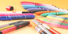 A wide variety of colorful Japanese erasable pen set , calligraphy pen