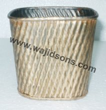 Classic Metal Planter For Park And Garden Decoration For Cheap Sale