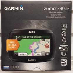 Brand New Garmin ZUMO 390LM 4.3inch Motorcycle GPS Navigation Navigator w Lifetime Maps