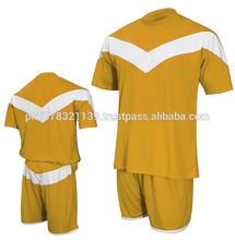 teñido de color agradable diseño uniforme del fútbol