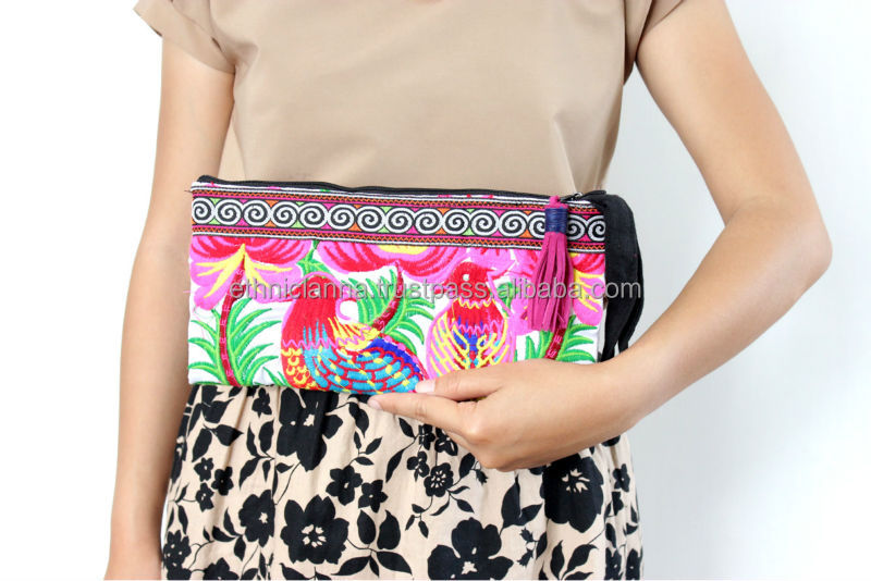 White Bird Embroidered Wristlet Clutch