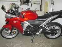 USED MOTOR BIKES - HONDA CBR (10040)