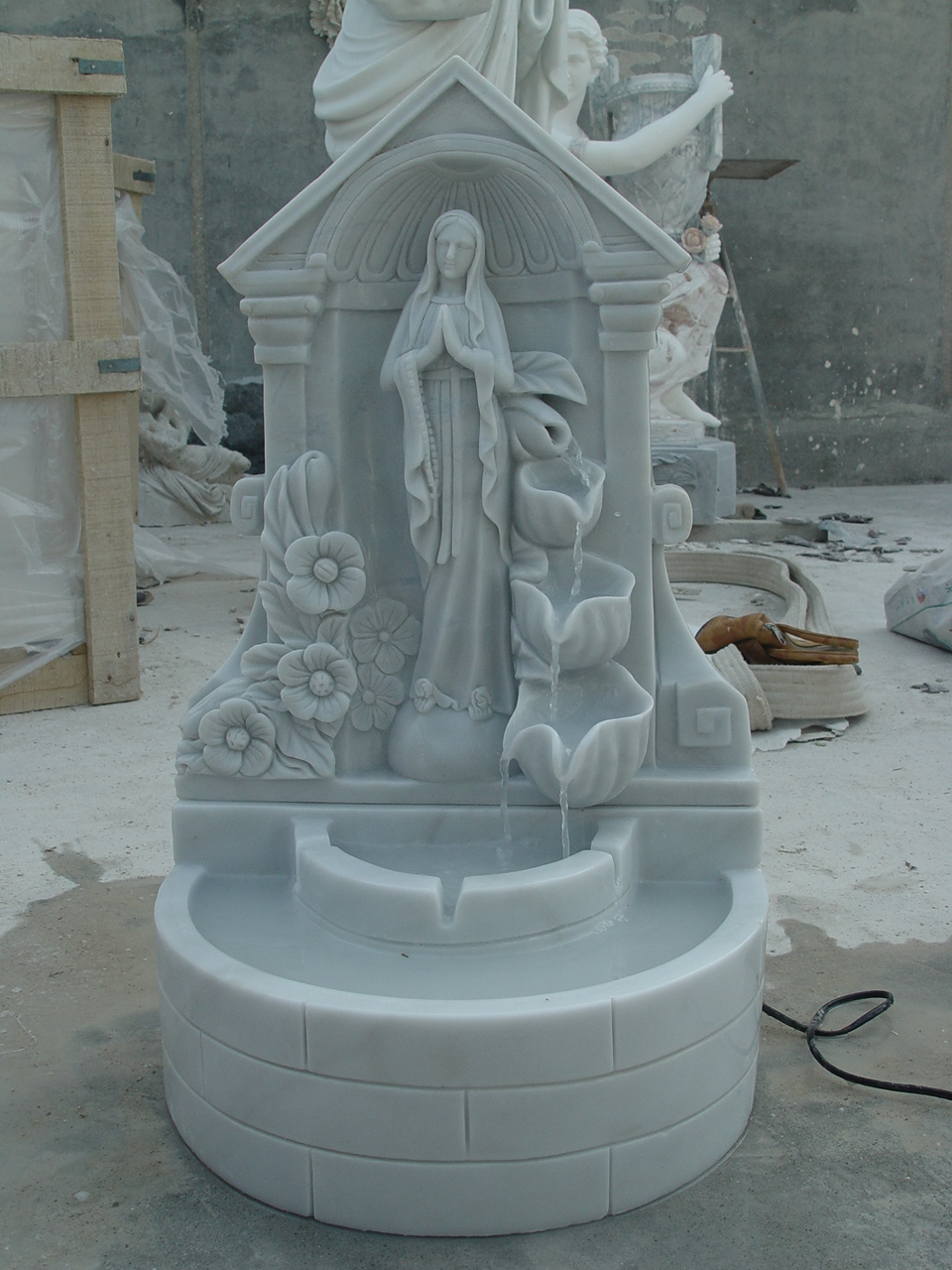 white-polished-marble-carved-fountain-djsa-fountain(927)