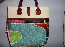 BRKH-09 White Big Size Tote Bag Fruitprint Kantha Stitch handmade Multipurpose Shoulder Tote Bag Manufacturer from Jaipur