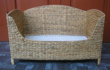 New hot Eco-friendly 100% natural pet basket, attractive looking, good price made in Vietnam
