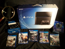 Wholesale / Promo For SONY PLAYSTATION 4 PS4 500GB WHITE CONSOLE , 5 GAMES - ORIGINAL - FREE SHIPPING - SEALED