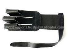 Black Leather 3 Fingers Glove For Hunting Archery Finger Protector L / R Handed