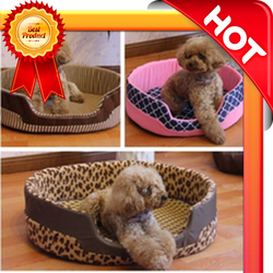 Dog's bed lovely, cheap price, made of fabric and wood