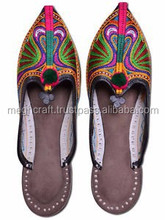Indian Traditional Embroidery Juti shoes-Kutchhi style khussa Shoes-Indian woman Chappal Wholesale-handmade ethnic Beaded Mojari