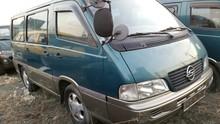 Ssangyong ISTANA 12 asientos / MANUAL / modelo primer / 1997 YEAR