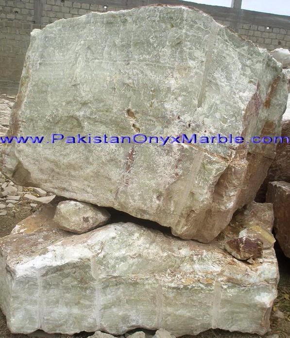 green-onyx-afghanistan-boulders-02.jpg