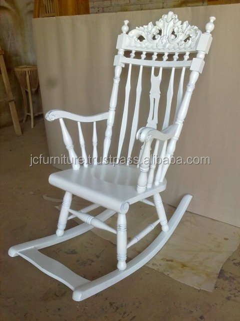 Chaises bascule blanc peint fran ais meubles en acajou for Chaise bercante en bois