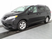 LHD Used 2011 Toyota Sienna LE 3.5L FWD