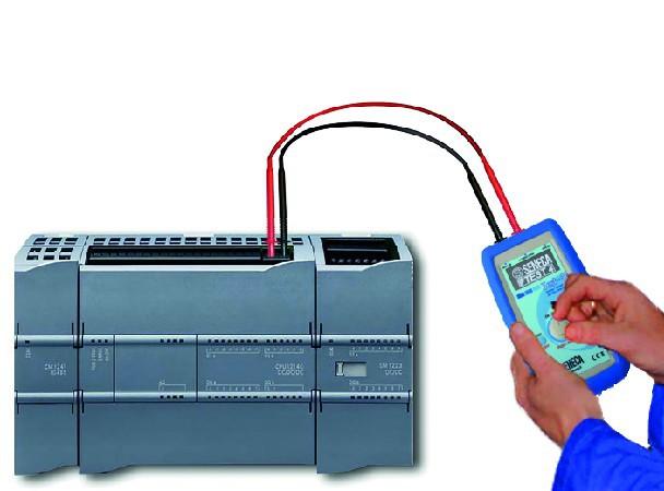 Voltage / Current simulator handheld Multimeter