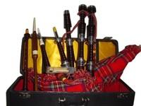 Scottish Great Highland Rose Wood Bagpipe Black Color Silver Mounts Plain/Gaita