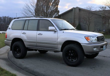 Used LHD SUV Toyota Land Cruiser with 3rd Row seats 2003