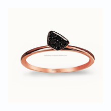 Simple Dreams with Black Diamonds 18K RB04839
