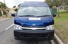 2009 Toyota Hiace Commuter High Roof Super Right Hand Automatic Bus