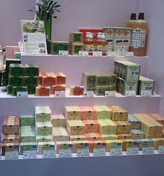 Natural and Eco-friendly detergent marseille soap for Various