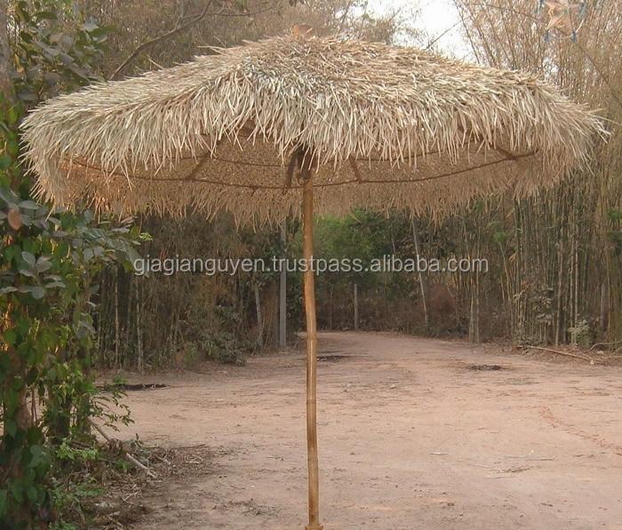 chaume herbiers feuille de palmier parapluie et meubles en bambou pas cher prix parasol sa. Black Bedroom Furniture Sets. Home Design Ideas