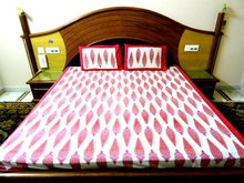 """Cotton Multi Color Printed Bed Sheet Size 90""""x108"""""""