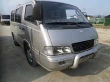 Ssangyong ISTANA 12SEATS / 2000 YEAR / modelo primer / MANUAL