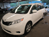 LHD Used 2013 Toyota Sienna LE 3.5L FWD