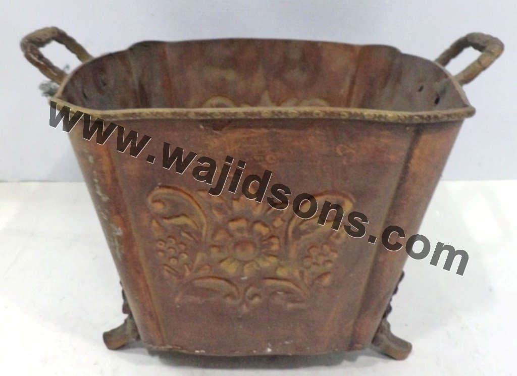Decorative floor metal planter with handle buy large for Decorative hanging pots