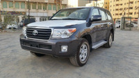 2015 model Toyota Land Cruiser 200 4.5 TDSL Manual Transmission