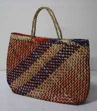 New produts! Handicraft handbag, eco-friendly seagrass handbag, fashionable looking from Vietnam with cheap price
