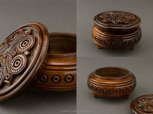 Round hand carved brown jewelry box