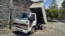 Isuzu Elf 2 ton dump truck used