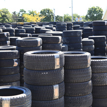 Various types of high quality used tyre rubber by Japanese companies