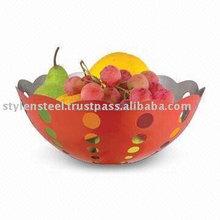 Colorato cesto di frutta in acciaio inox.