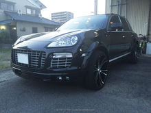 Porsche Cayenne hatchback buying used cars in Japan with automatic transmissions