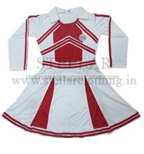 Meninas saia uniformes do ensino médio