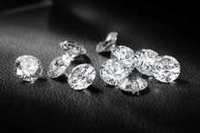 top quality round brilliant cut synthetic white diamond