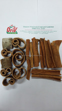 Cinnamon cut of Orient Vietnam Company Limited with Humidity 13.5% max and Oil content 2.5% min