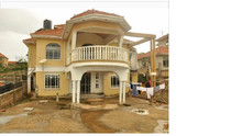 7 bedroomed stand alone Apartment for sale