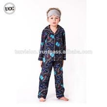 Otoño y del invierno diseño 2 unids conjunto único Printted zoquete pijamas para niños