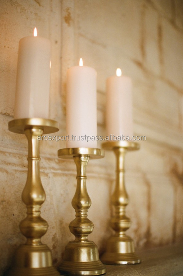 gold-pillar-candle-holders-elizabeth-anne-designs-the-wedding-blog-gold-pillar-candle-holders.jpg