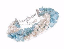 Cultured Pearl and Aquamarine Multi-Strand Bracelet With Sterling Silver Clasp. 8/Y perlas cultivadas de Aquamarine Multi - Stra